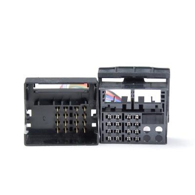 Adapter Quadlock(M) - Quadlock(F), 16 pin